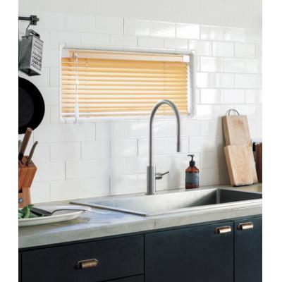 ベネアル25/スラット25 浴窓テンションタイプ(25mmアルミブラインド) 写真